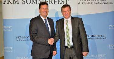 Dr. Markus Pieper MdEP (rechts im Bild) mit Christian Freiherr von Stetten,  Vorsitzender des Parlamentskreises Mittelstand (PKM) der CDU/CSU-Bundestagsfraktion